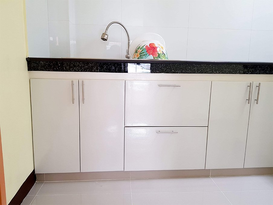 tiles kitchen in clark pampanga available for rent